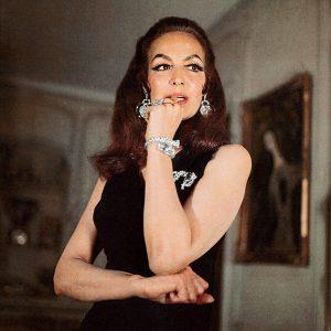 Maria Felix wearing Cartier jewelry