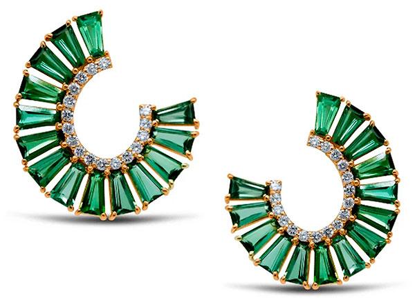 Tresor desir earrings with green tourmaline