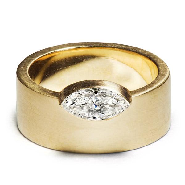 Aaryah Akhna ring