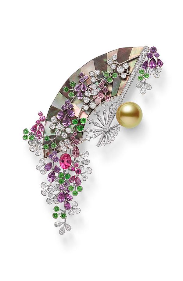 Mikimoto fan brooch