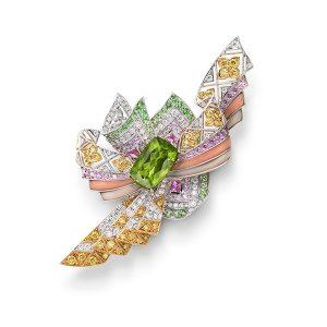 Mikimoto kimono brooch