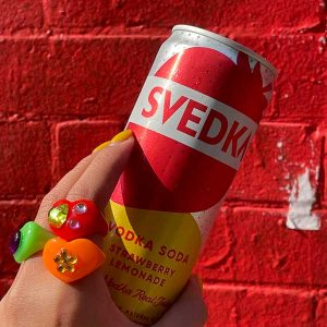 Svedka can and rings