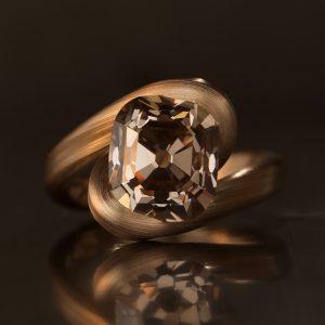 Leen Heyne brown diamond ring