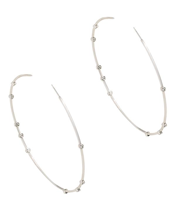 Uniform Object float hoop earrings