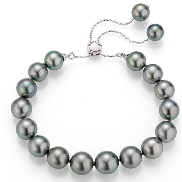 Yana Nesper black pearl bracelet