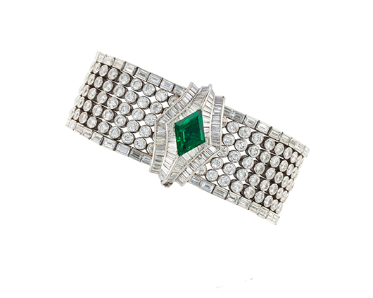Oscar Heyman bracelet in platinum with diamond baguettes