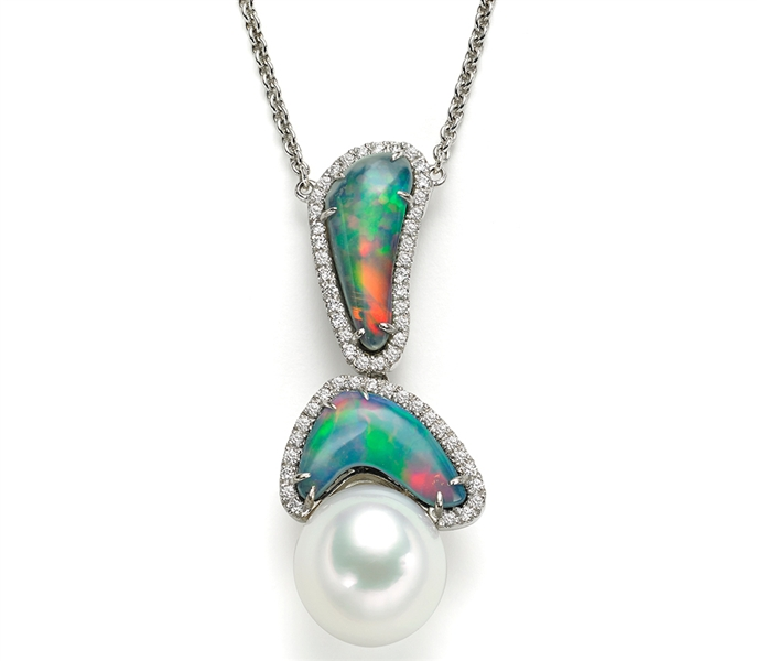 A&Z Pearls Neptune's Treasure opal necklace