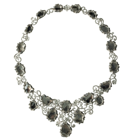 Dynamic Internationala natural gray flat diamond bib necklace