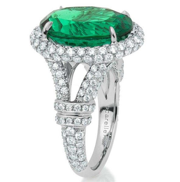 Carelle Bespoke emerald and diamond ring