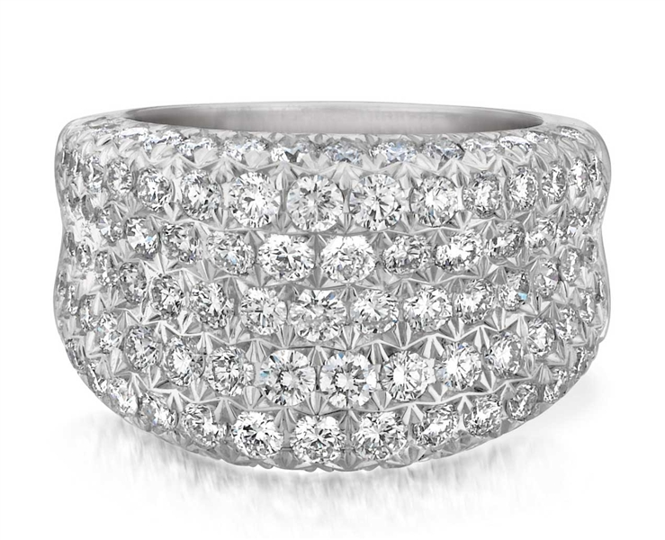 A. Link New Year's Eve diamond ring