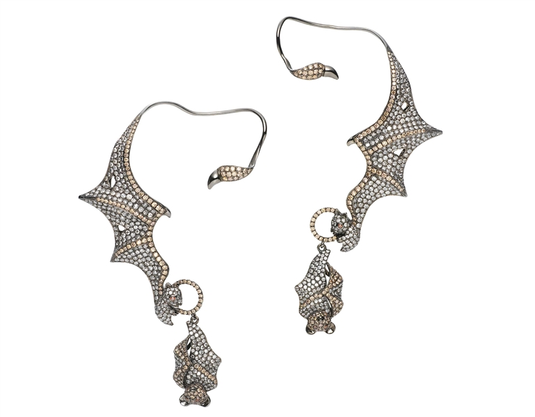 Wendy Yue bat ear cuff