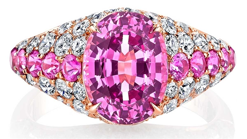 Omi Prive oval pink sapphire ring