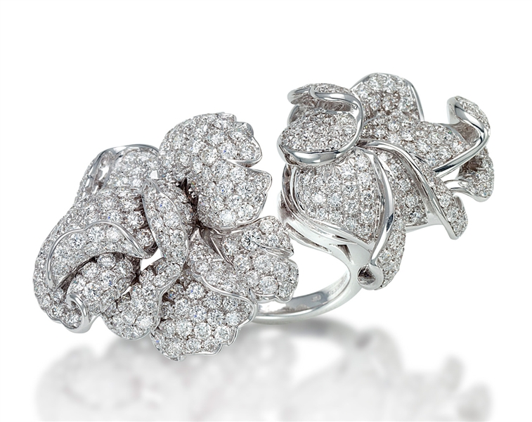 Picchiotti diamond floating flower ring
