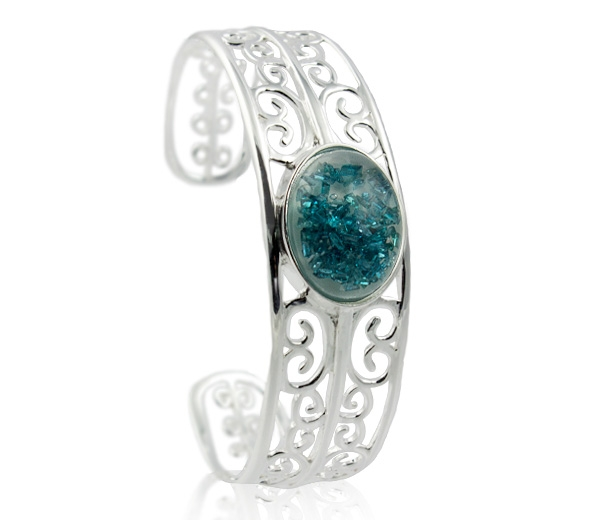 Clearly-You eternal blue floating diamonds cuff