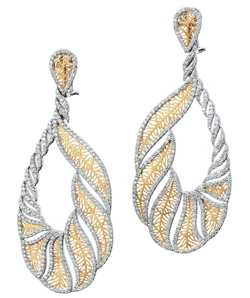 Bapalal Keshavlal two-tone diamond twist earrings