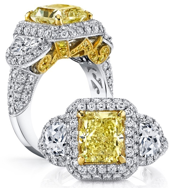 Vanna K SoleAmore fancy yellow diamond ring