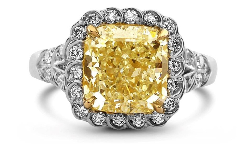 David Weisz fancy light yellow radiant diamond ring
