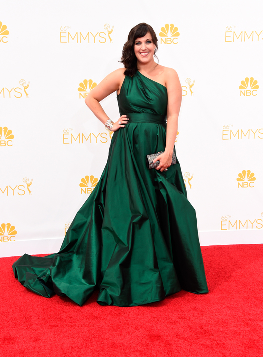 Allison Tolman in Forevermark by Jade Trau diamond jewelry at the 2014 Emmys