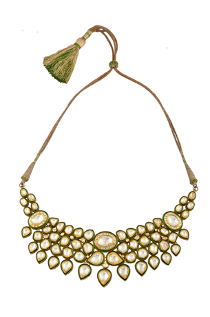 Amrapali necklace in karat gold and diamonds