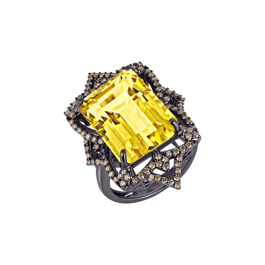 Ring by Arya Esha