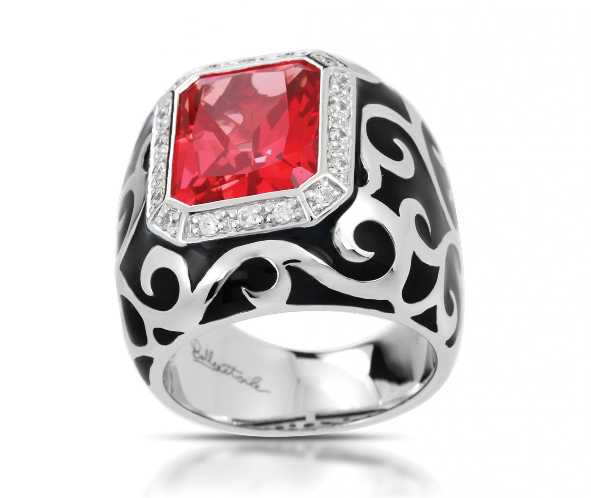 Belle Etoile Royale red stone ring