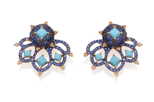 Racing Hearts studs and earrings jackets in 18k gold with blue sapphires and turquoise from Carla Amorim's new Romance jewelry collection