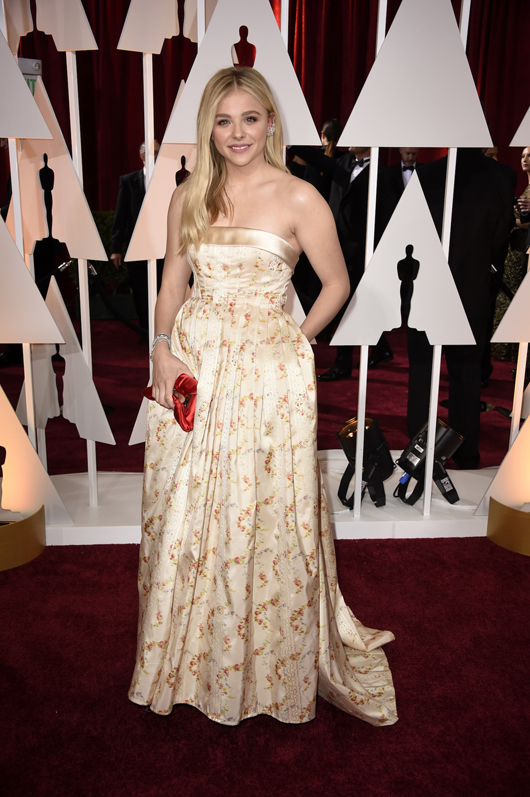 Chloe Grace Moretz in Forevermark diamonds at the 2015 Oscars