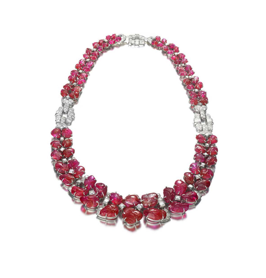Necklace in platinum with diamonds and carved rubies by Van Cleef and Arpels in Paris circa 1929, from Siegelson