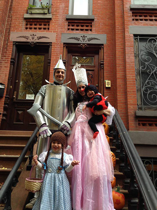 Jewelry designer Jessica Fields and her family as Wizard of Oz characters