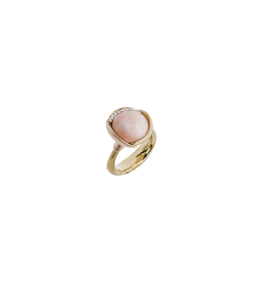 Ole Lynggaard ring with coral