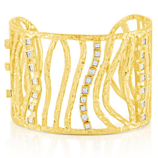 Wave cuff in 18k gold with carre-cut diamonds from Malibu 18, a collaboration between Irit Design and Rahaminov Diamonds