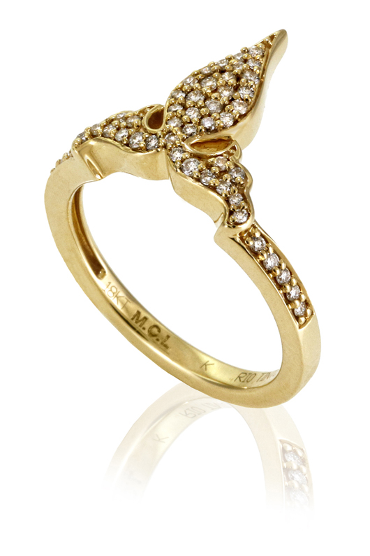 Ring in 18k gold with natural-color Rio Tinto Argyle-mine diamonds from MCL for Diamonds With A Story