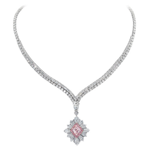 Necklace with rare diamonds from David Mor