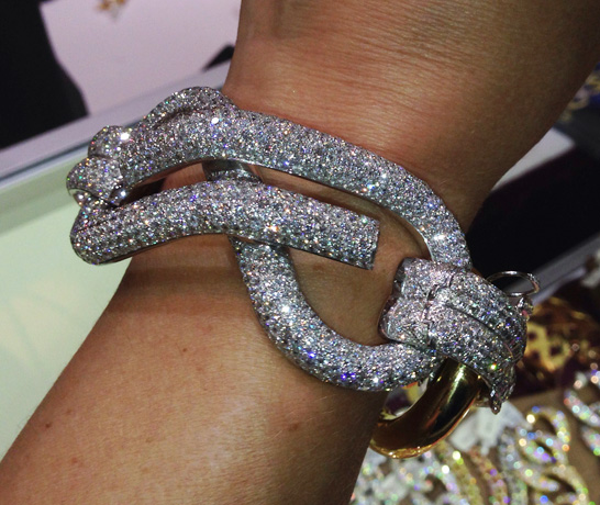 Diamond bracelet from Nicolis-Cola USA in the LUXURY show
