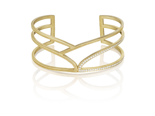 Cuff in 18k yellow gold with diamonds by Doryn Wallach