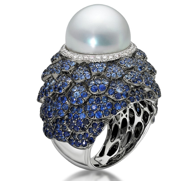 Belpearl Indigo pearl and sapphire ring
