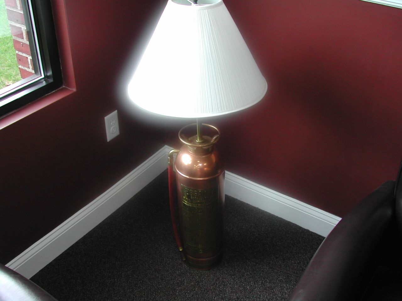 Fire extinguisher lamp.