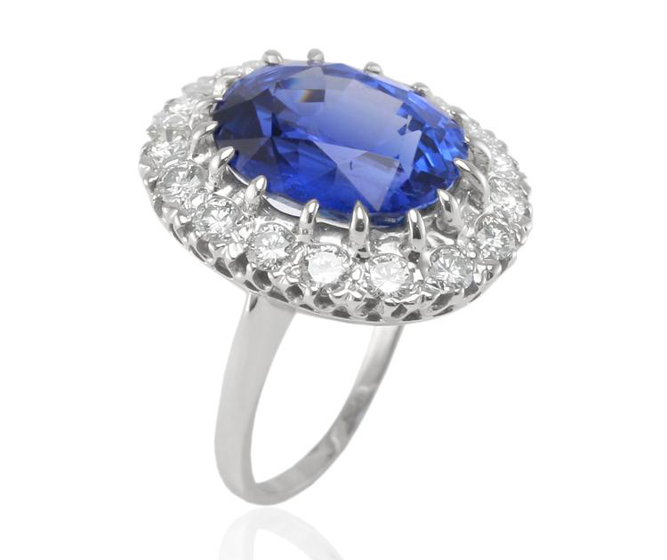 Natural Sapphire Co. replica of Princess Diana's ring