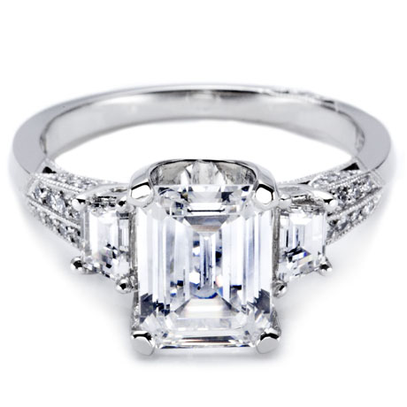 Tacori  emerald-cut diamond platinum ring
