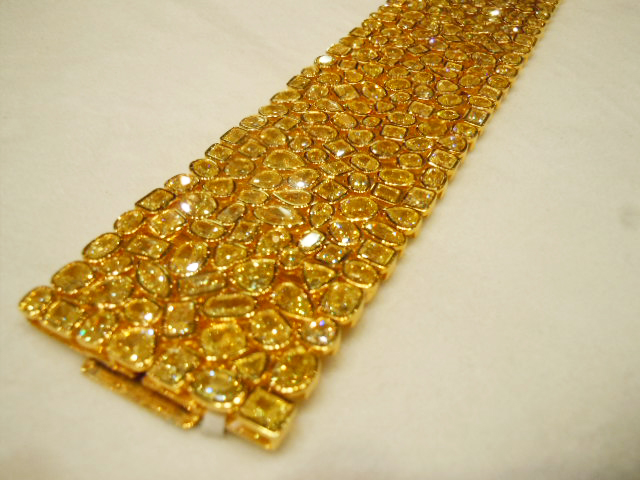 Rahaminov Diamonds fancy yellow diamond bracelet