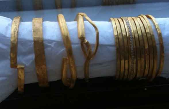 Rosanne Pugliese 22k gold wedding band line in the works