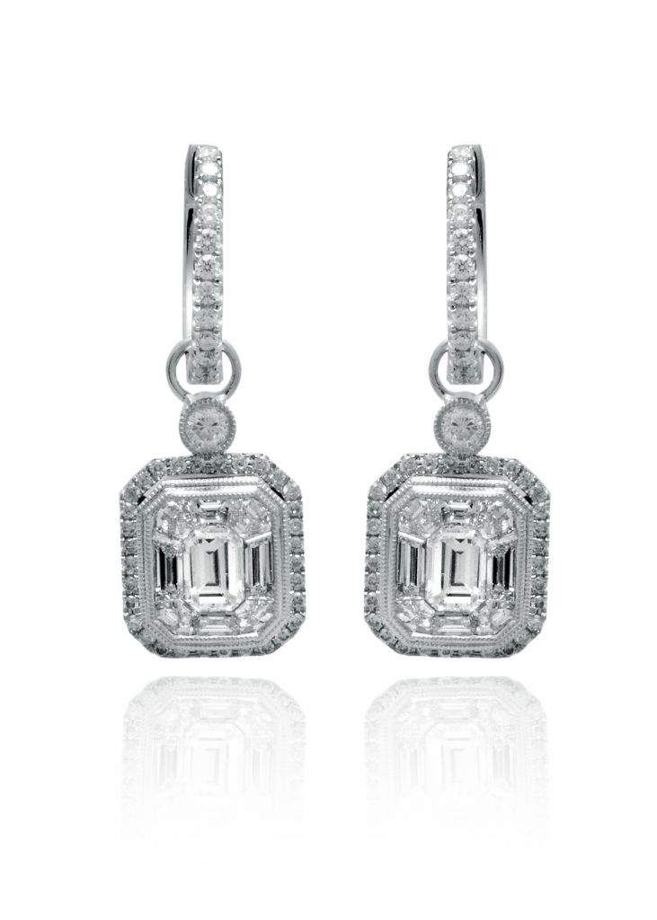 Simon G. diamond and palladium earrings worn by Elizabeth McGovern  at 2012 Golden Globes
