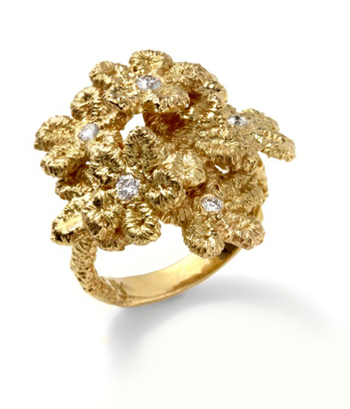 Mary Esses 18k gold and diamond flower ring