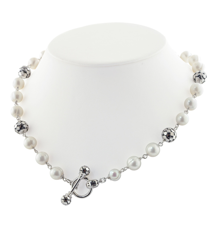 Honora necklace in silver with freshwater pearls