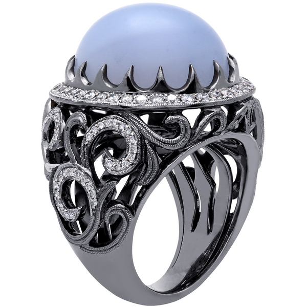 Beaudry chalcedony ring