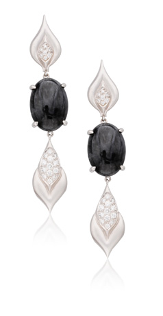 Donald Huber earrings in 18k gold with black jade and colorless diamonds