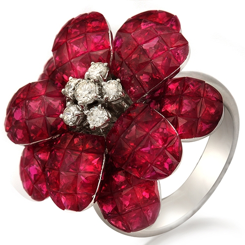 Bel Air Jewelry ruby flower ring