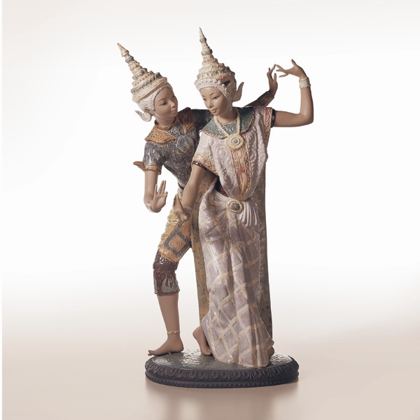 Lladro Thai Couple figurine