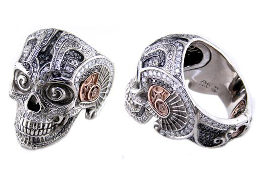 Ink Metal palladium skull ring with black and colorless diamonds