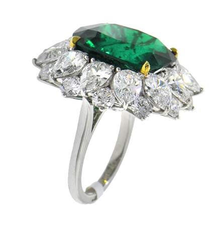 Jacob & Co. diamond and emerald ring